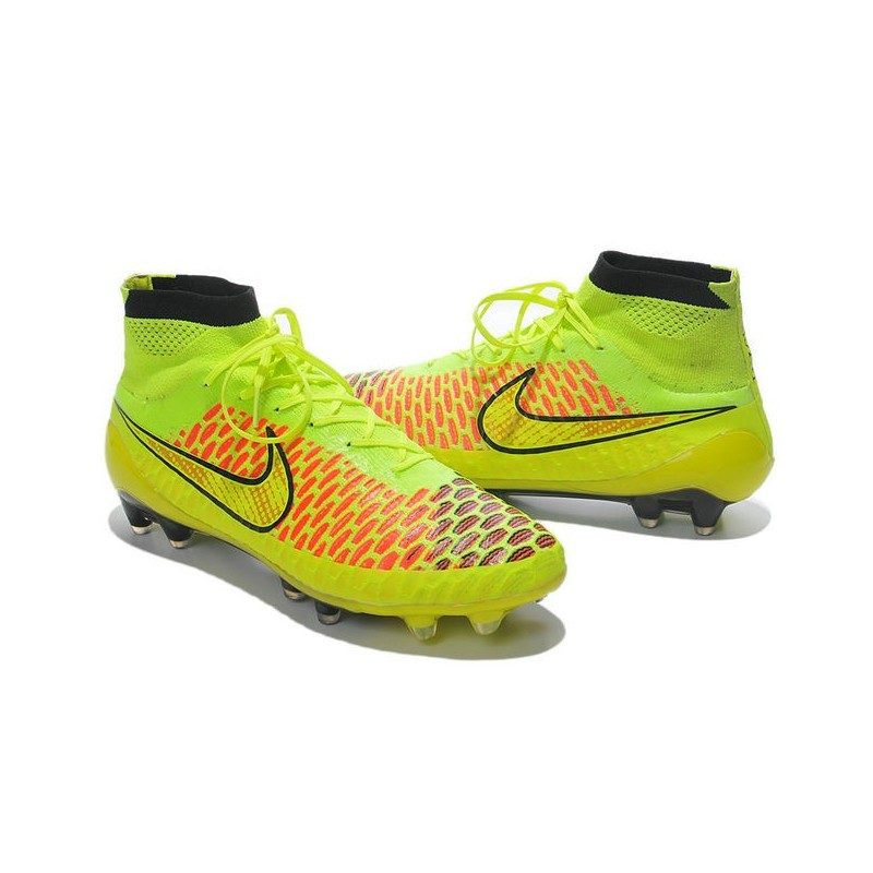 nike volt metallic gold coin black hyper punch new 2014 football boots magista obra fg. Black Bedroom Furniture Sets. Home Design Ideas