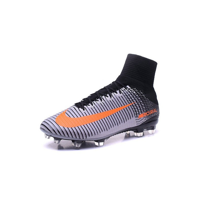 on sale 68576 a7b22 Cristiano Ronaldo Nike Mercurial Superfly 5 FG Soccer Cleats ...